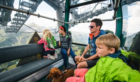 Summer holiday hiking in Obertauern